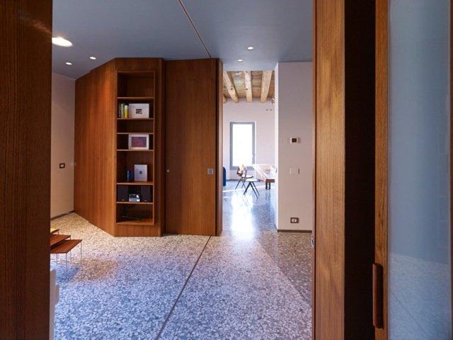 Pavimento in appartamento a Venezia 1