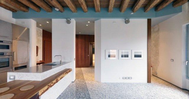 Pavimento in appartamento a Venezia 6